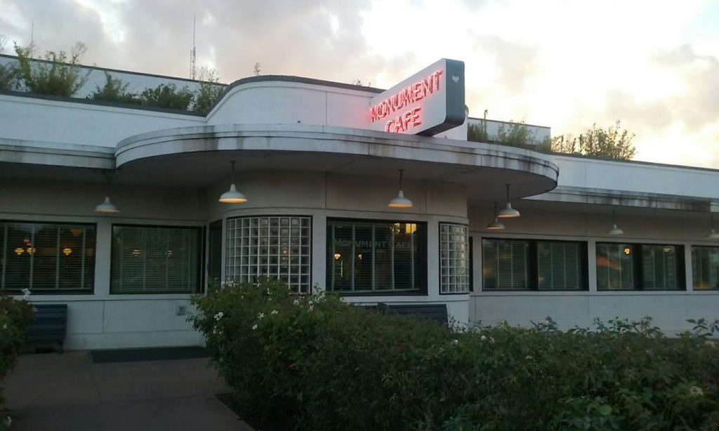 The Monument Cafe is the best farm-to-table cafe in Georgetown TX serving fresh foods.